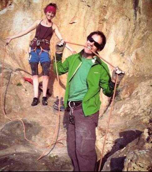 12-chris-weidner-eating-rope