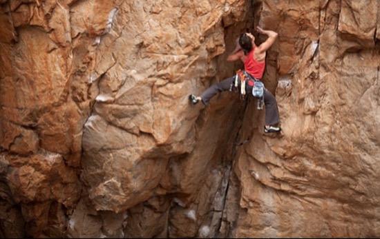 intro-heidi-climbing-grampians-australia